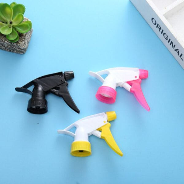 Hand Buckle Spray Gardening Small Watering Can Universal Small Nozzle 28 Caliber Plastic1